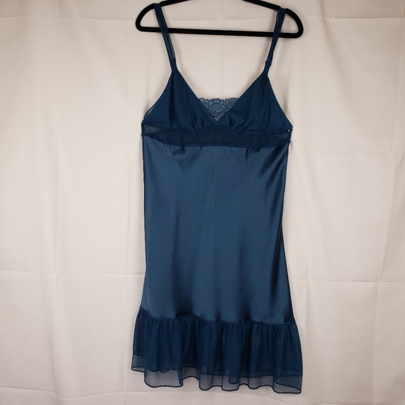 Victoria's Secret Other - Victoria Secret nighty blue large